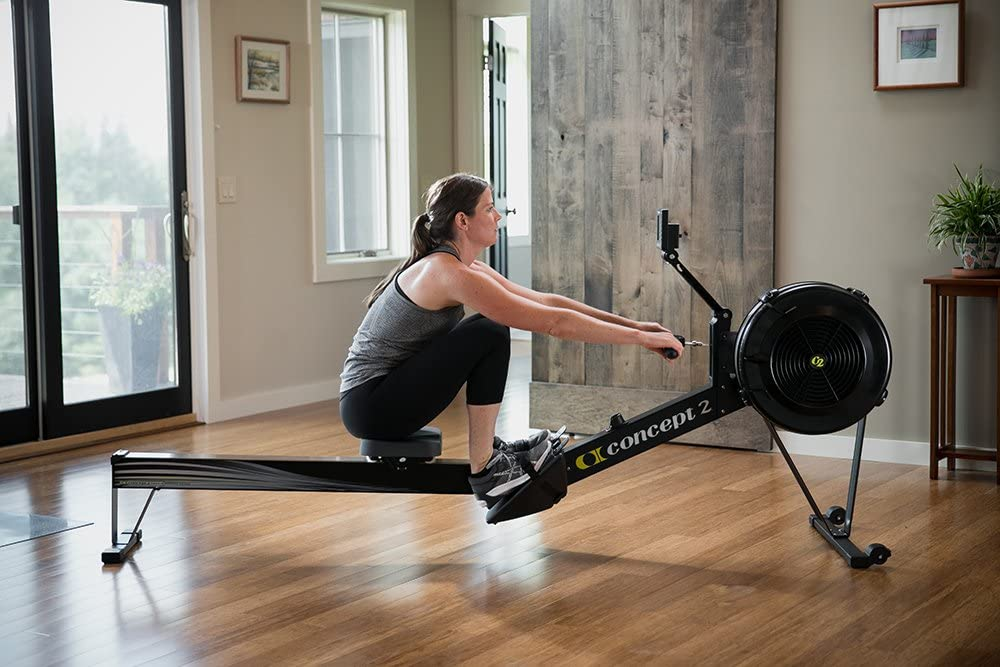How to exercise on a rowing machine correctly